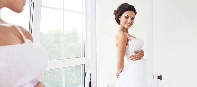 Des arguments valables pour vous convaincre qu'une deuxième robe est une bonne idée!