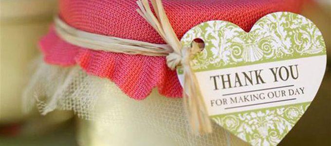 Pleins d'idées originales et personnalisables pour offrir un petit plaisir à vos proches!