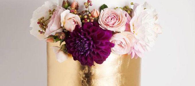 Déjà vu des cakes de mariage chics et glamour? Le must pâtissier de cette année nous en met plein la vue.