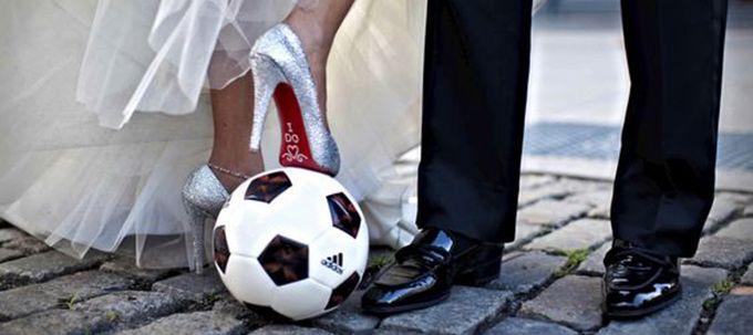 Le foot est votre grande passion ou celle de votre moitié? Vous souhaitez l'inclure dans vos festivités? Alors c'est par ici!