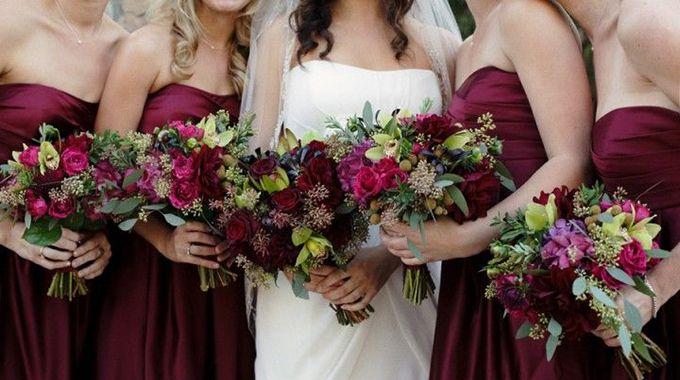 Et voilà, l'automne est arrivé, ses belles couleurs également! Toujours plus de mariages sont célébrés pendant les mois de septembre et octobre.